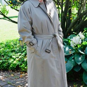 Vintage Burberry Trench w/ Wool Liner